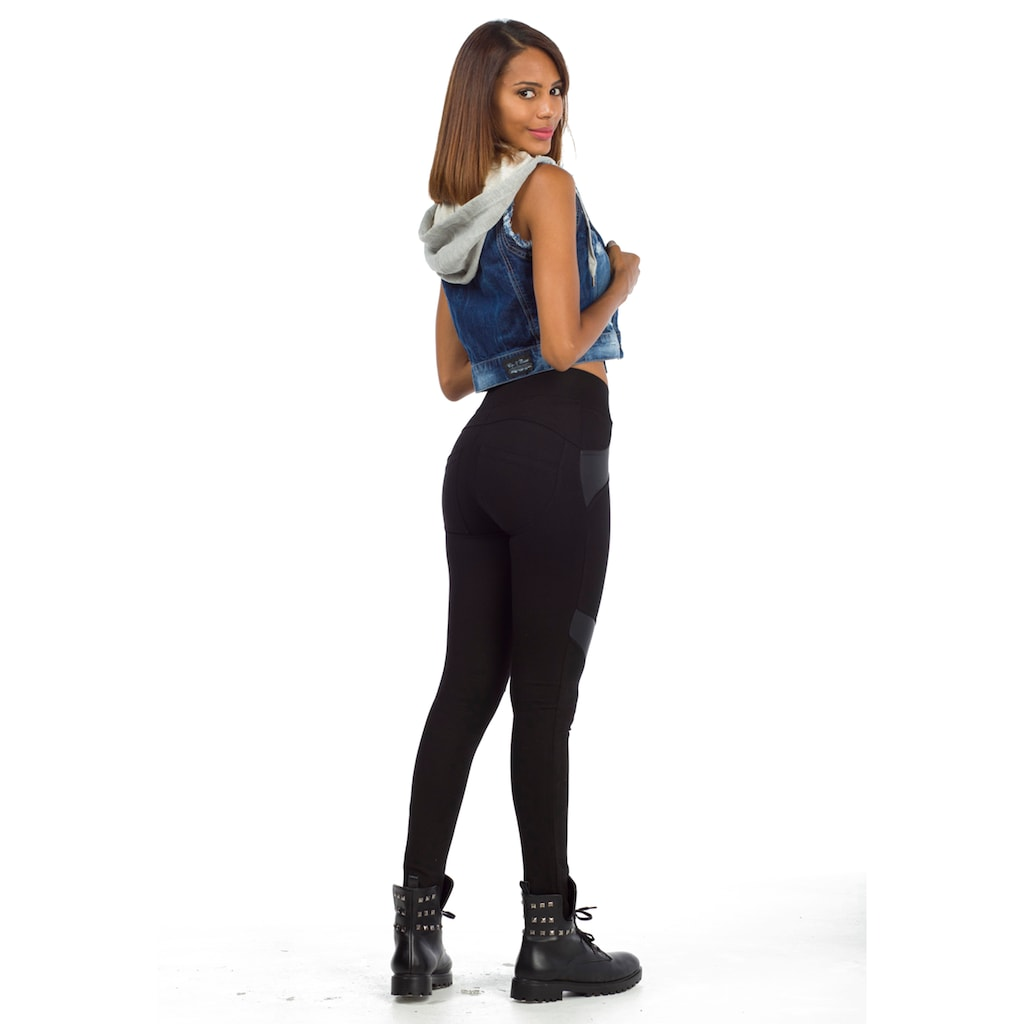 Cipo & Baxx Jeansweste, mit kontrastierender Kapuze