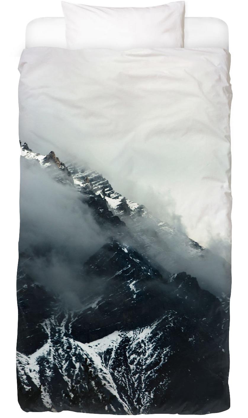 Bettwäsche Misty Mountains Juniqe