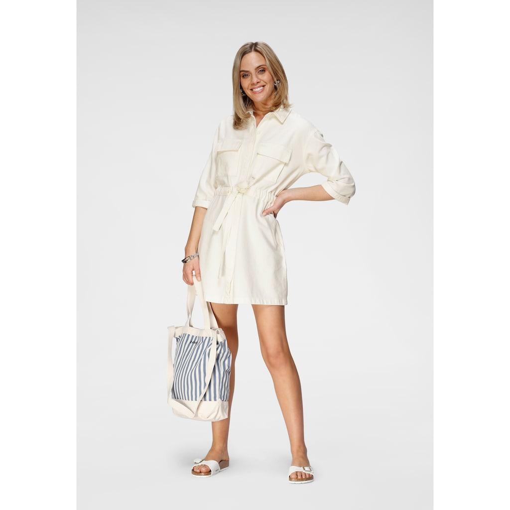 Levi's® Jeanskleid »Ainsley Utility Denim«, mit Bindegurt zum taillieren