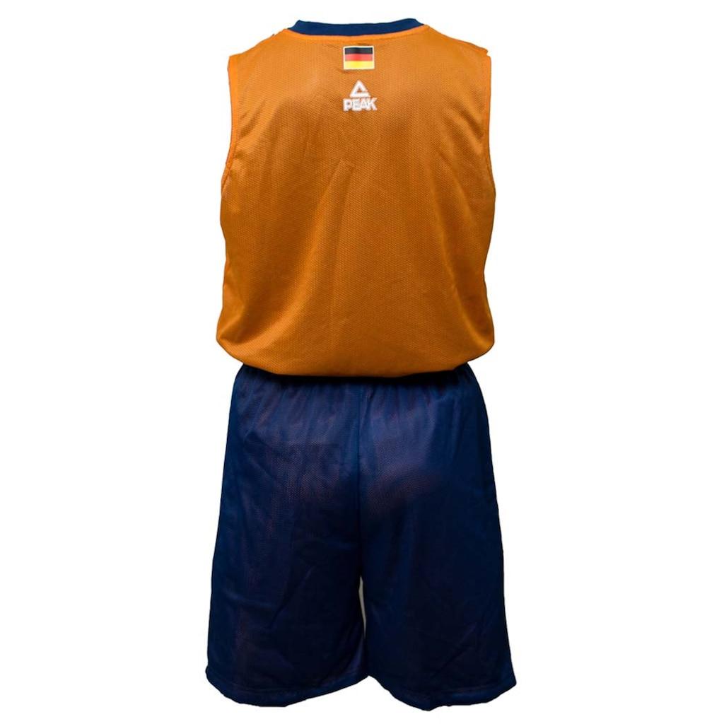 PEAK Basketballtrikot, bestehend aus Top und Shorts