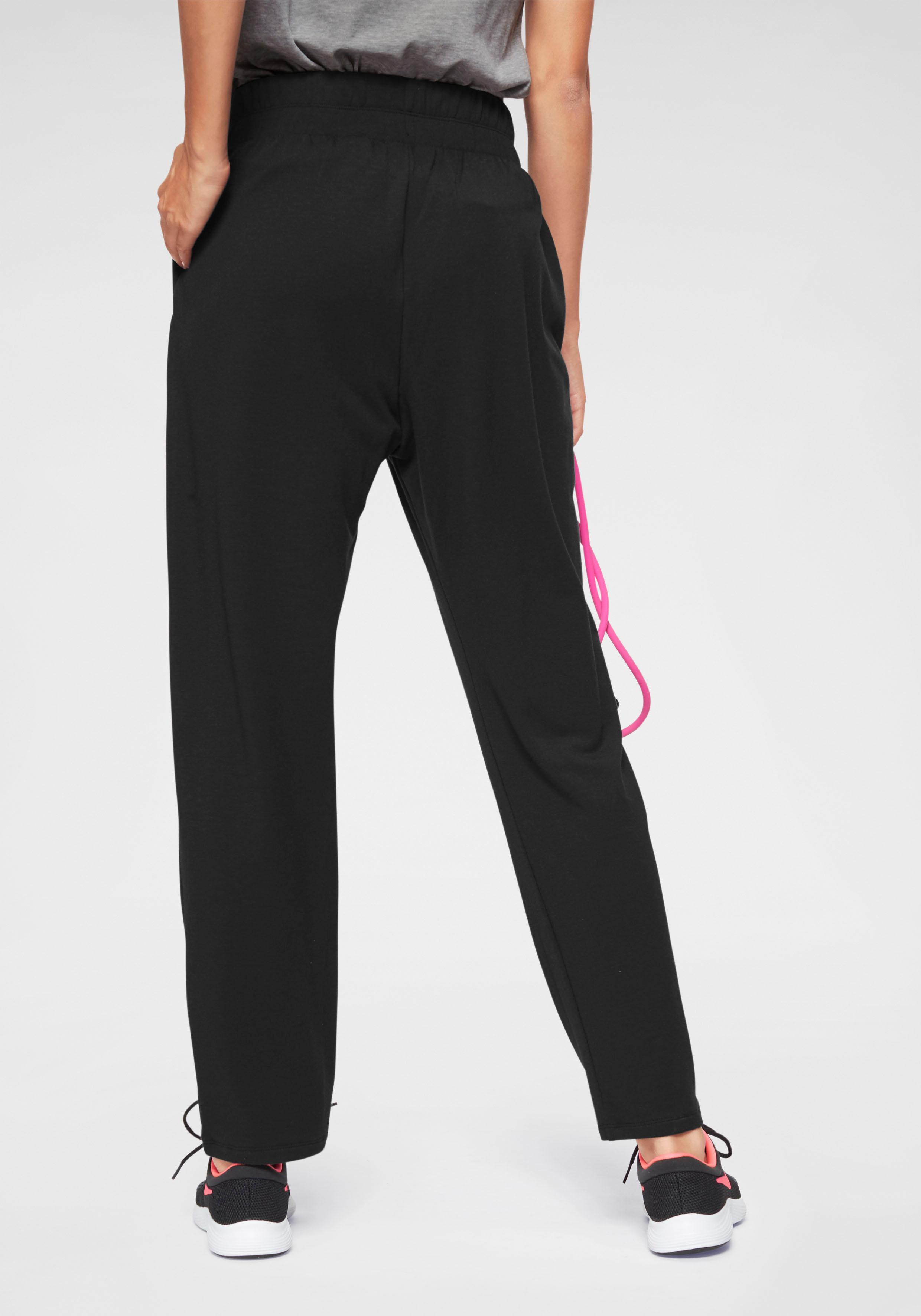 Nike Haremshose/Jodhpur-Hose W NK FLOW VCTRY PANT | Bekleidung > Hosen > Haremshosen | Schwarz | Nike