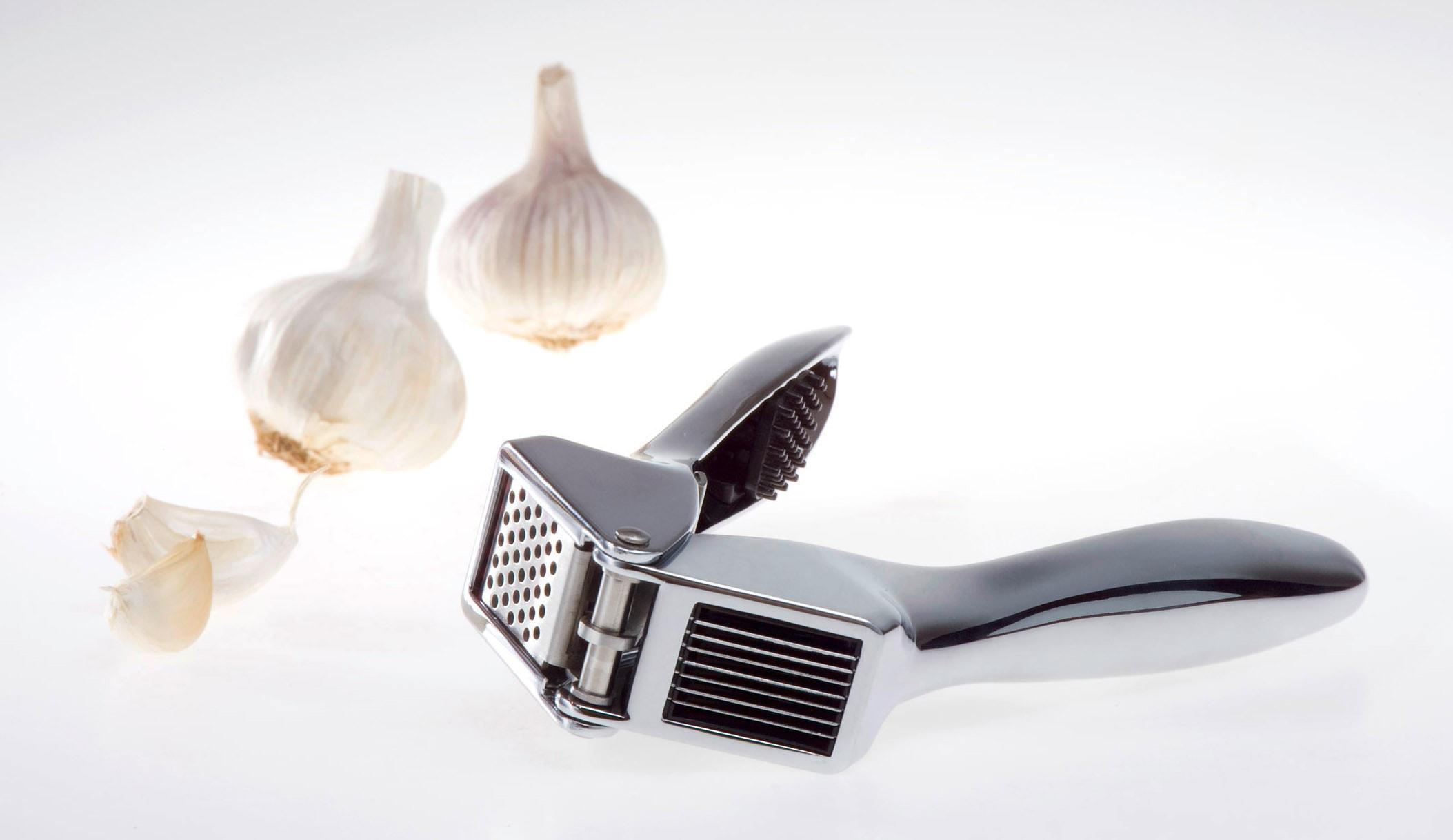 GSD HAUSHALTSGERÄTE Knoblauchpresse, mit 2 Funktionen silberfarben Knoblauchschneider und Knoblauchpressen Kochen Backen Haushaltswaren Knoblauchpresse