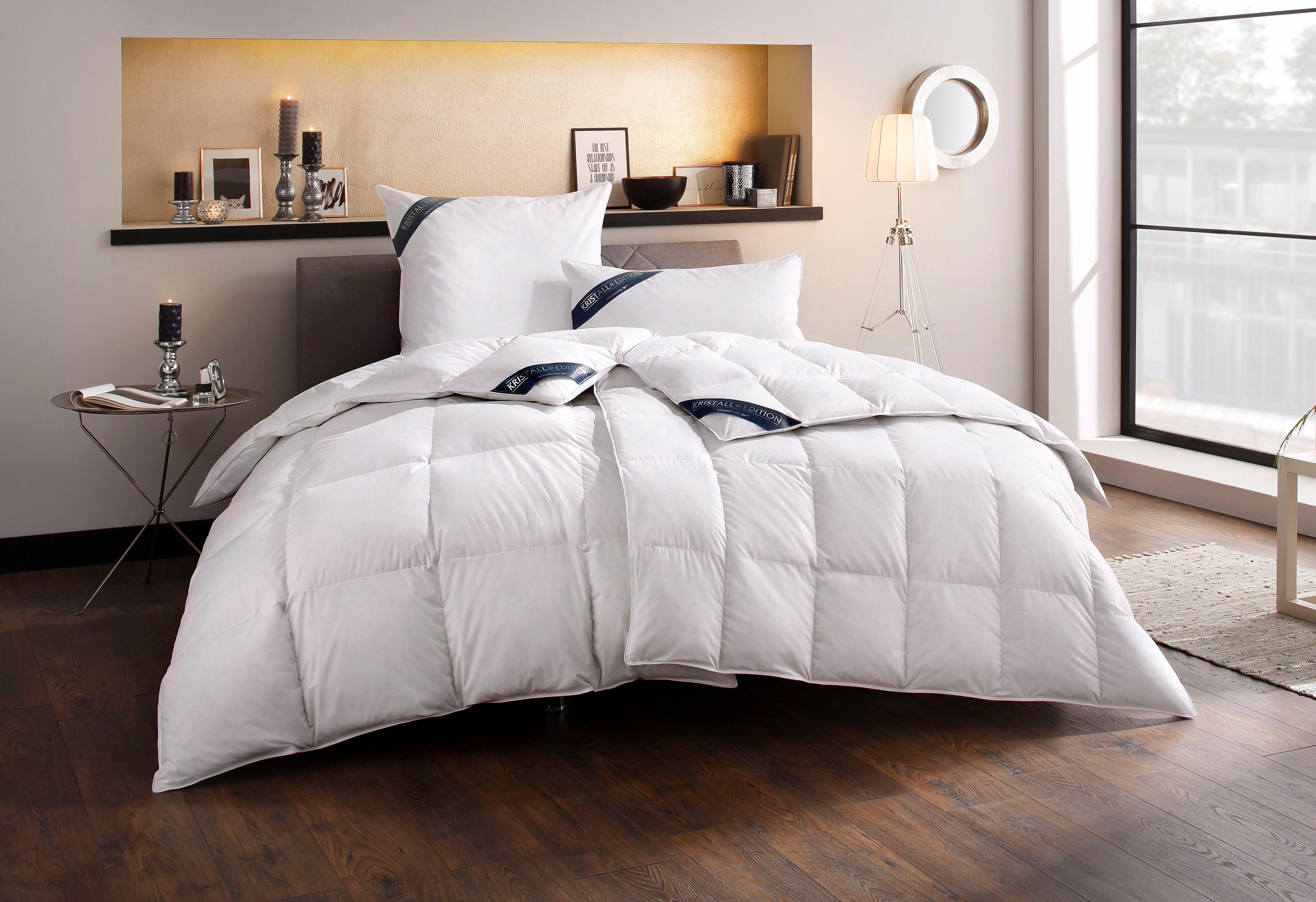 Daunenbettdecke Kristall Edition Häussling Leicht 60% Daunen 40% Federn | Heimtextilien > Decken und Kissen > Bettdecken | Federn | Häussling