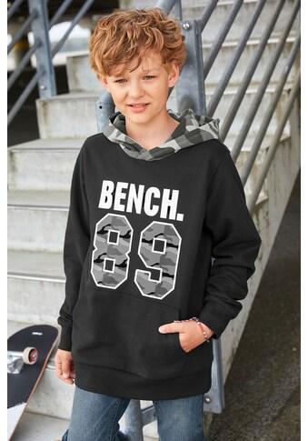 Bench. Kapuzensweatshirt »Kapuze tarnfarben gemustert« kaufen
