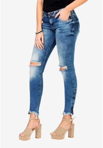 Cipo & Baxx Slim-fit-Jeans, im angesagten Slim Fit-Schnitt kaufen