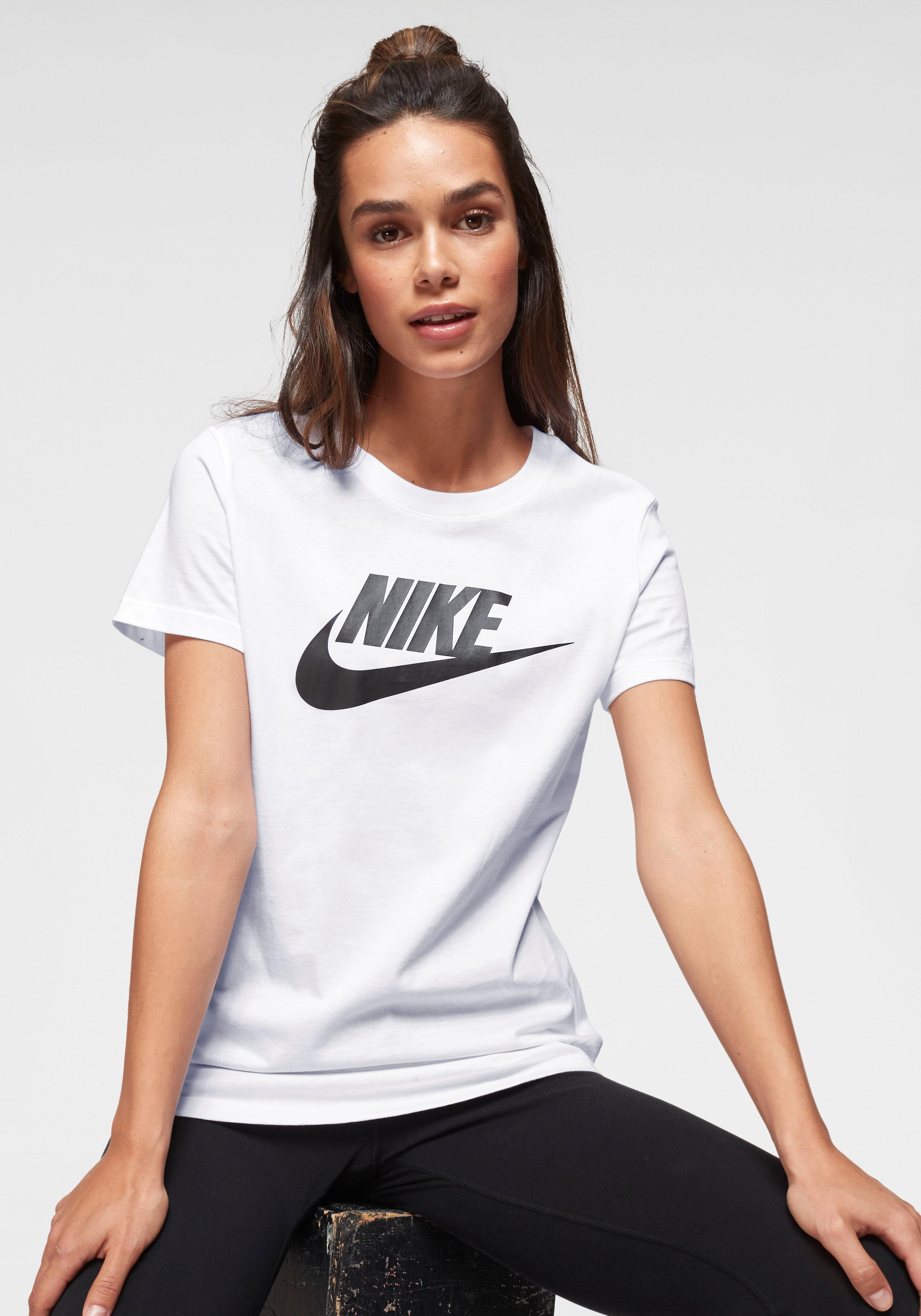 Nike Sportswear T-Shirt W NSW TEE ESSNTL ICON FUTURA | Sportbekleidung > Sportshirts > T-Shirts | Nike Sportswear