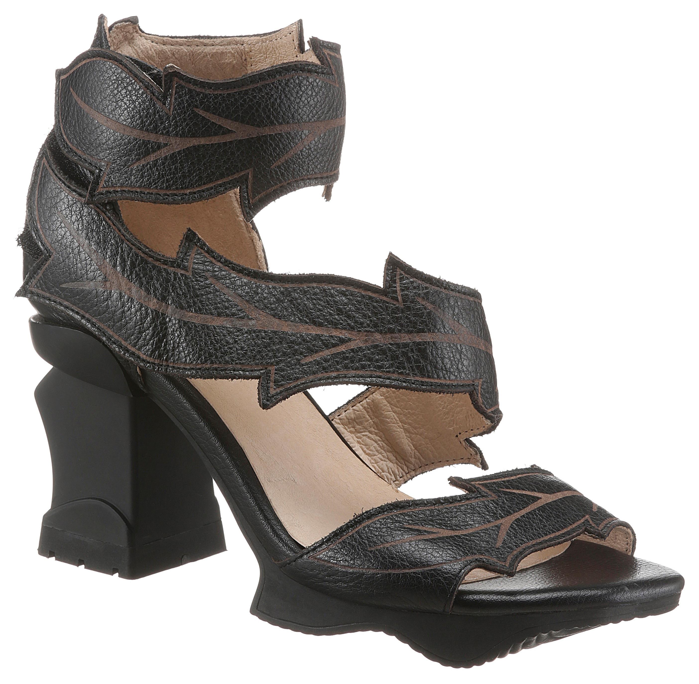 laura vita -  Sandalette ARCMANCEO, im extravaganten Look