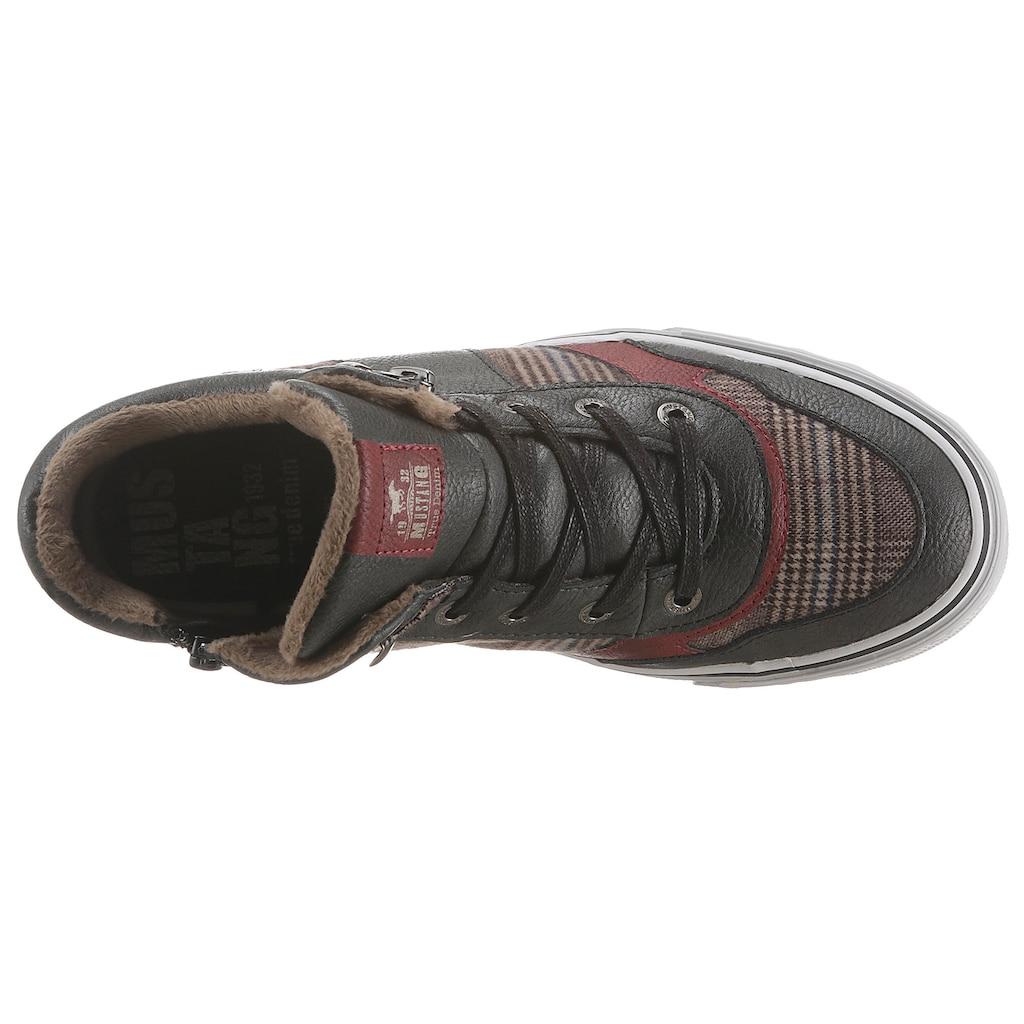 Mustang Shoes Sneaker, mit Karo-Besatz
