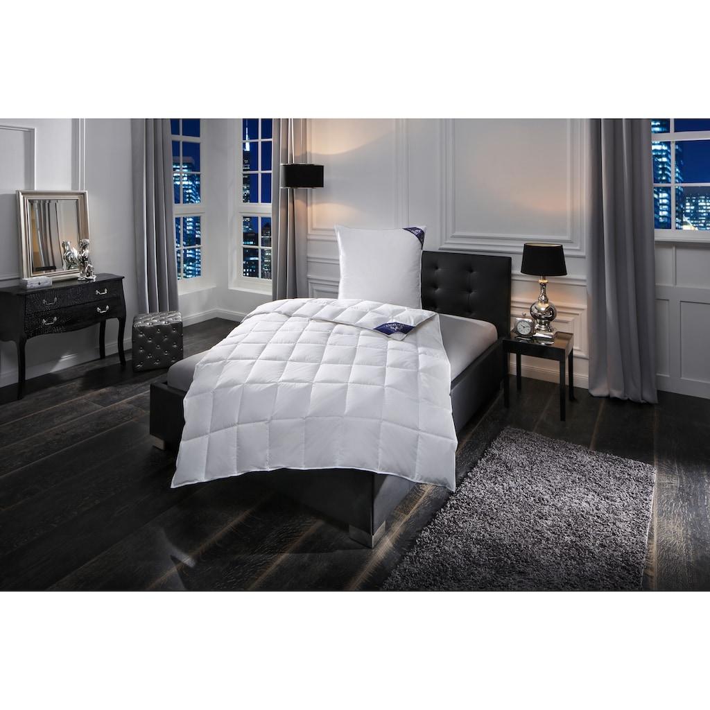 Excellent Daunenbettdecke »Luzern«, leicht, Füllung 100% Daunen, Bezug 100% Baumwolle, (1 St.), Wohlfühlkomfort durch Naturfüllung