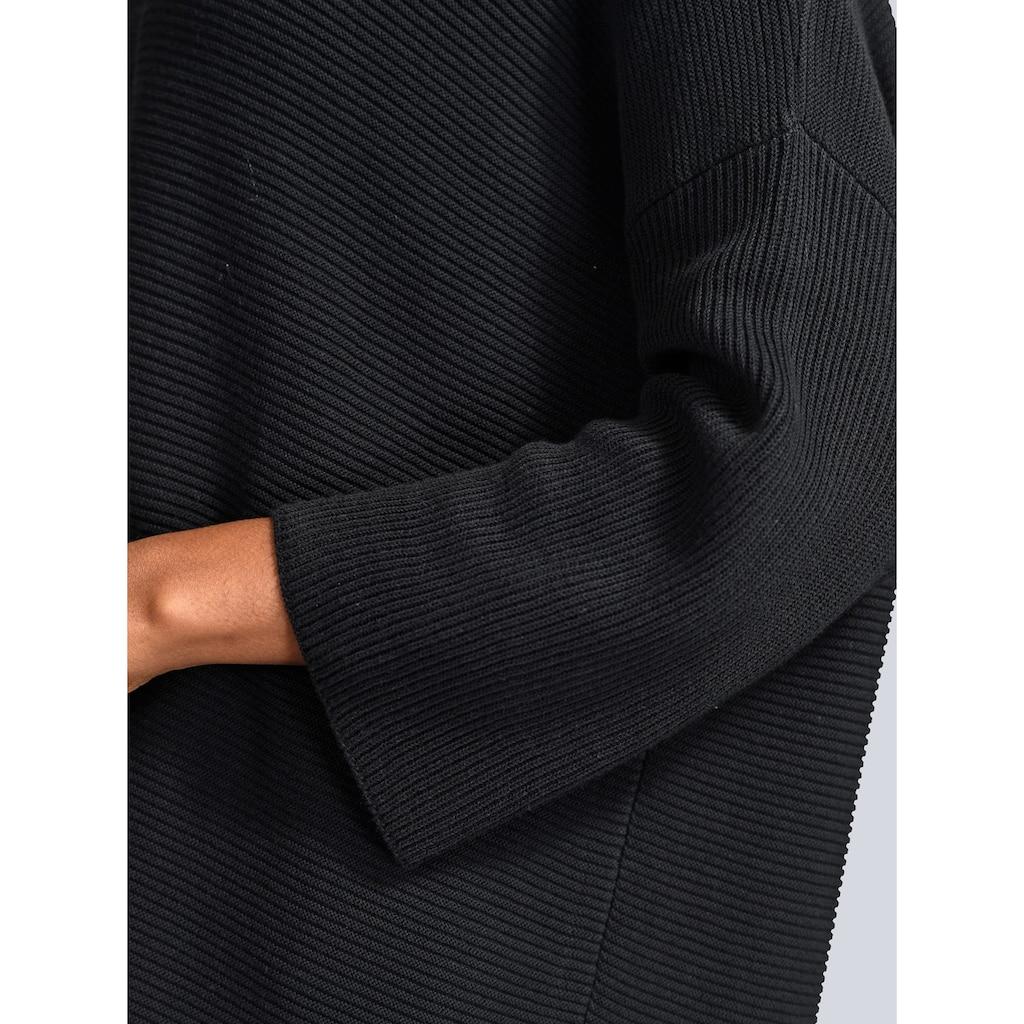Alba Moda Rollkragenpullover, mit kleinen Seitenschlitzen
