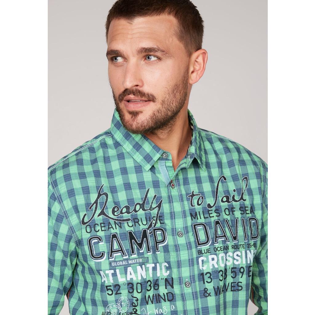 CAMP DAVID Langarmhemd, kariert mit markanten Prints und Applikationen