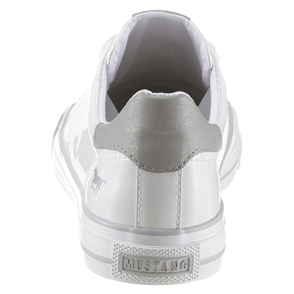 Mustang Shoes Sneaker, mit Satinschnürsenkeln