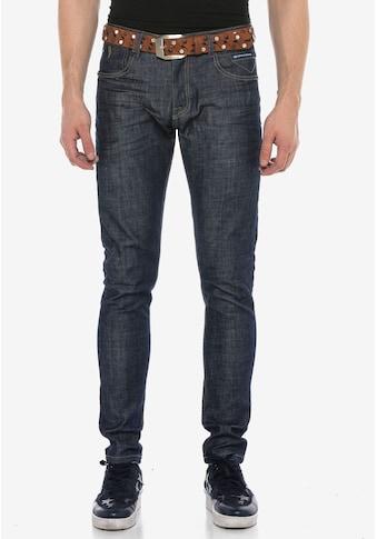 Cipo & Baxx Slim-fit-Jeans, im klassischen Straight Fit Schnitt kaufen
