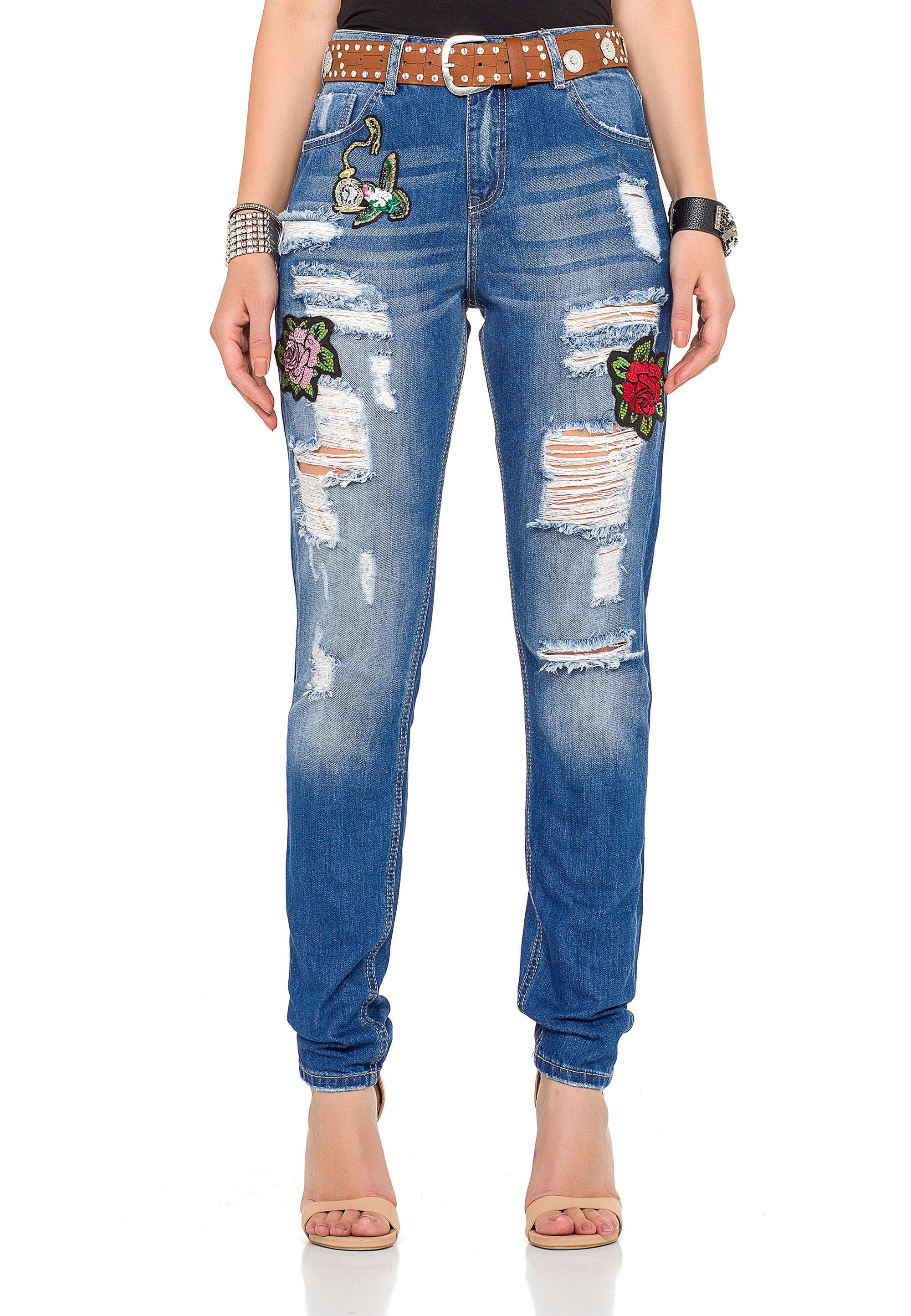 cipo & baxx -  Bequeme Jeans, mit tollen Patches und praktischem Gürtel