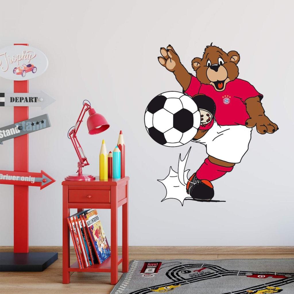 Wall-Art Wandtattoo »Fußball FCB Berni kickt«