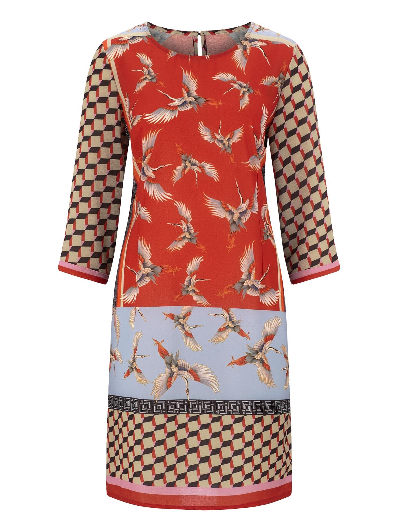 création L Kleid im farbenfrohem Grafik-Dessin und tanzenden Kranichen