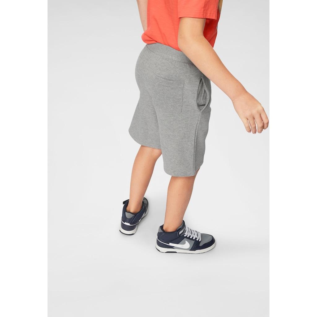 Bench. Sweatbermudas, mit Taschen vorn und hinten