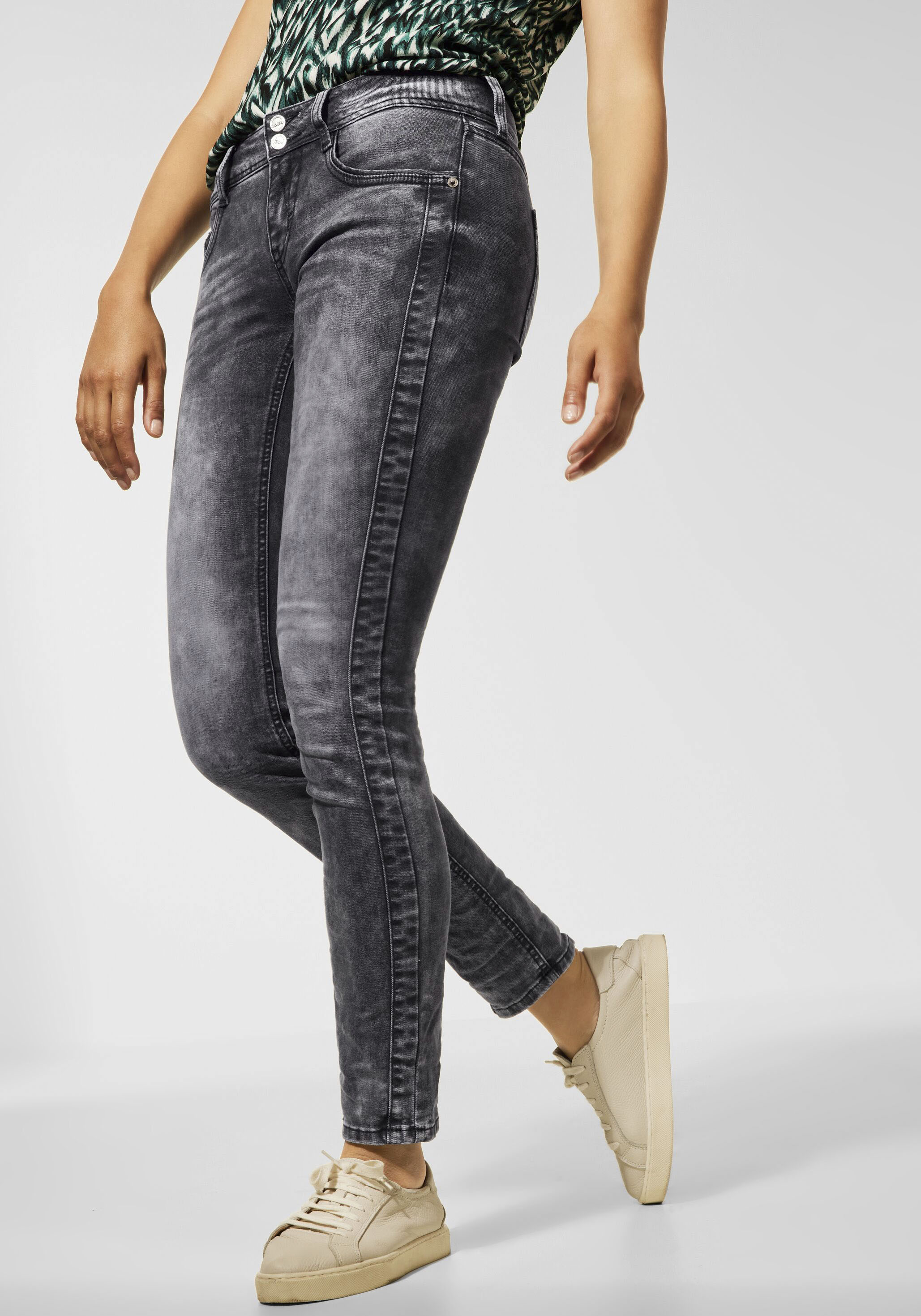 street one -  Skinny-fit-Jeans Crissi, mit Waschung im Used-Look