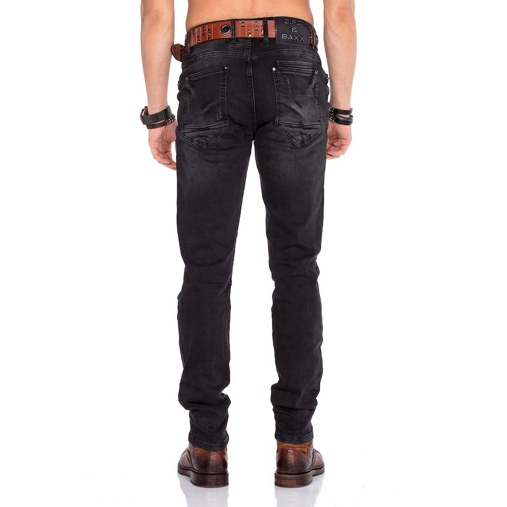 Cipo & Baxx Straight-Jeans, im Slim Fit-Schnitt