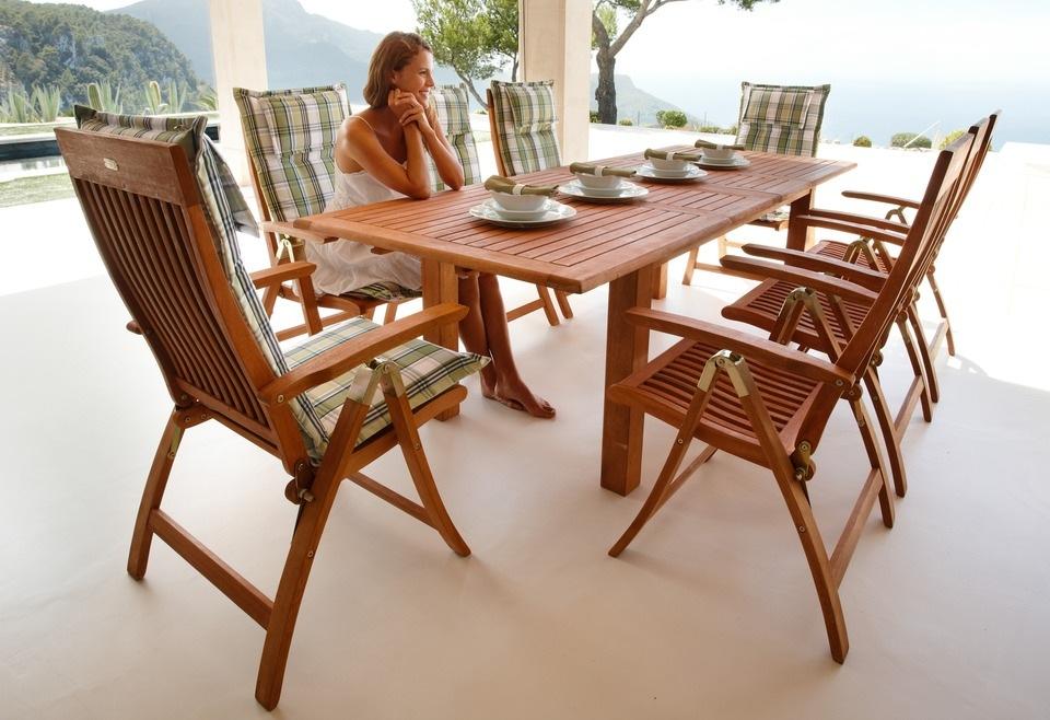 MERXX Gartentisch Bordeaux Eukalyptusholz ausziehbar 260x100 cm braun