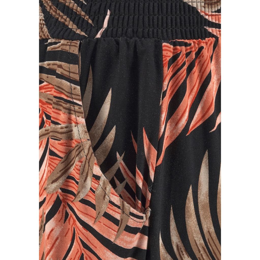 LASCANA Strandhose, mit Palmenblätterdruck