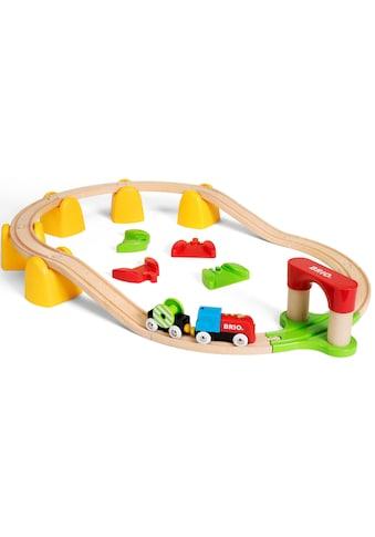 BRIO® Spielzeug-Eisenbahn »Mein erstes BRIO® Bahn Set mit Batterielok«, FSC®-Holz aus... kaufen