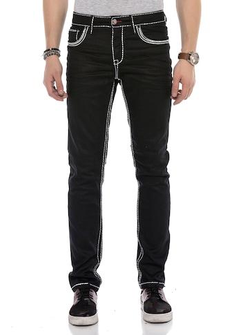 Cipo & Baxx Bequeme Jeans, mit farblich abgehobenen Nähten kaufen