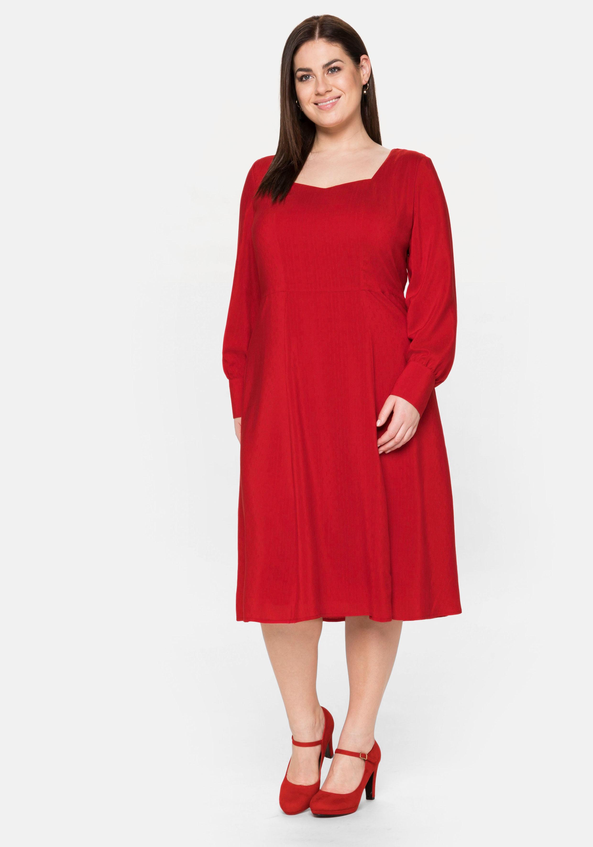 sheego -  Abendkleid, mit dezentem Muster