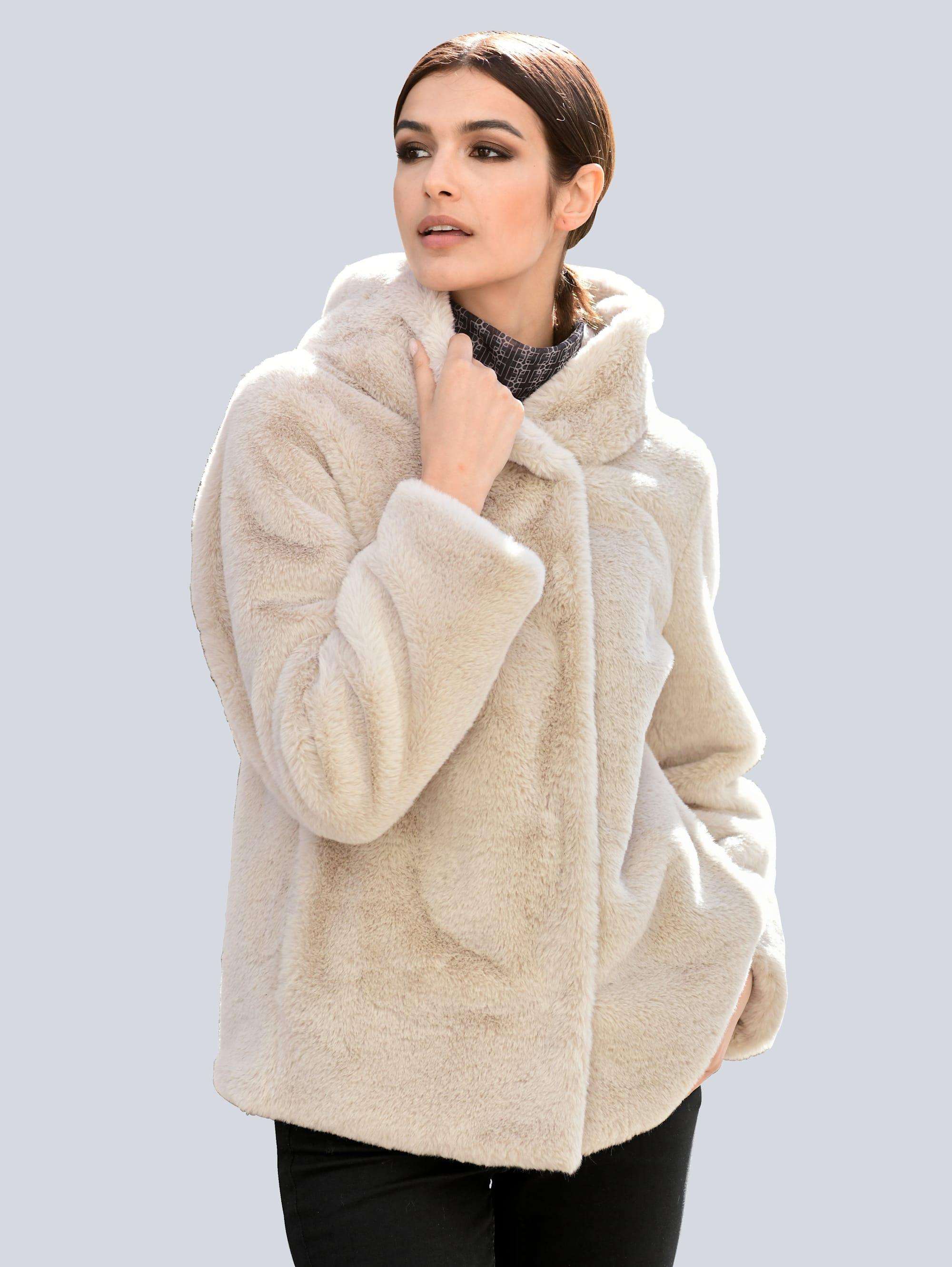 alba moda -  Winterjacke, aus weichem Webpelz