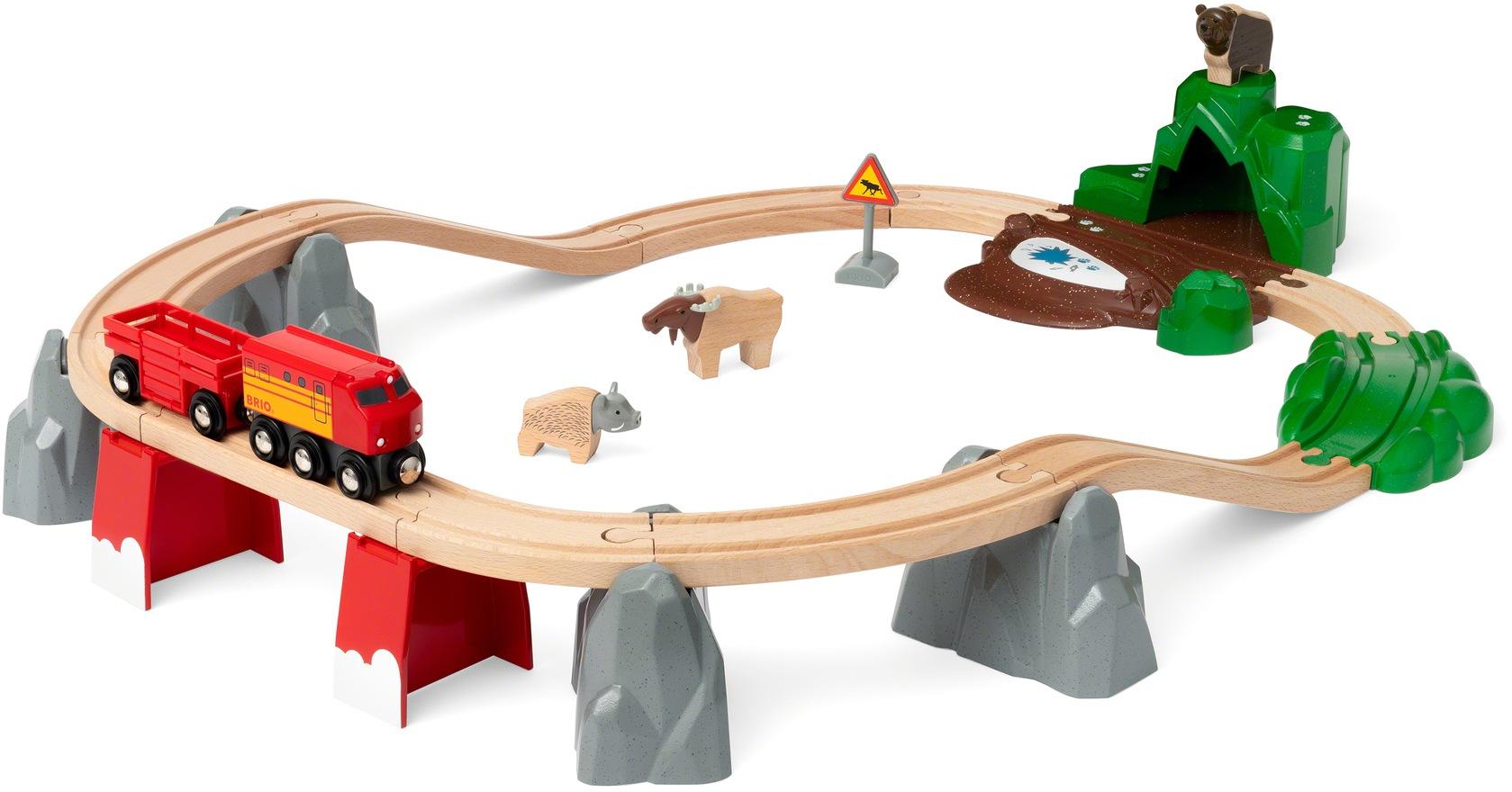 BRIO Spielzeug-Eisenbahn Nordische Waldtiere, FSC - schützt Wald weltweit bunt Kinder Kindereisenbahnen Autos, Eisenbahn Modellbau