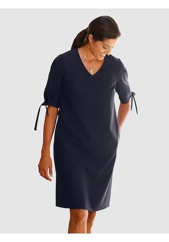 Laura Kent Kleid mit schönen Details kaufen