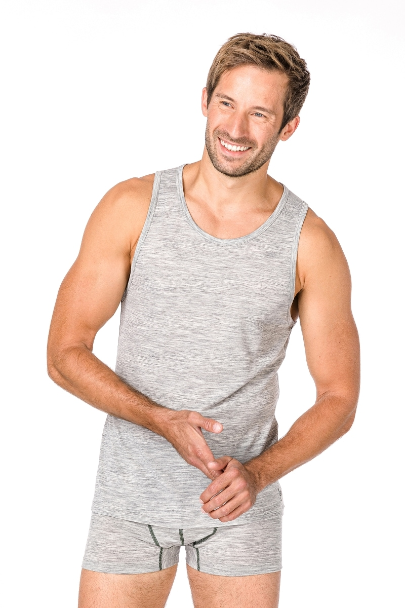 SUPER.NATURAL Tanktop M BASE TANK 140 | Bekleidung > Shirts | Super.Natural