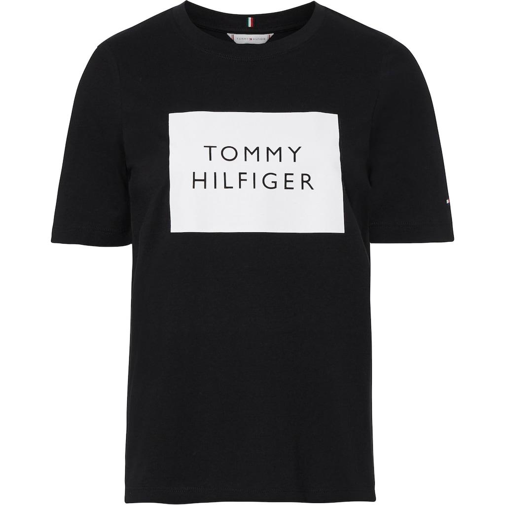 Tommy Hilfiger Rundhalsshirt »Regular Box C-Nk Tee SS«, mit Tommy HIlfiger Box Logo-Schriftzug & Flag