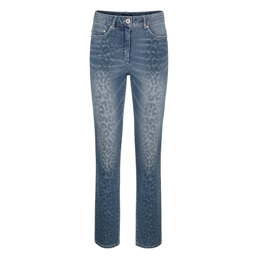 Dress In Slim-fit-Jeans