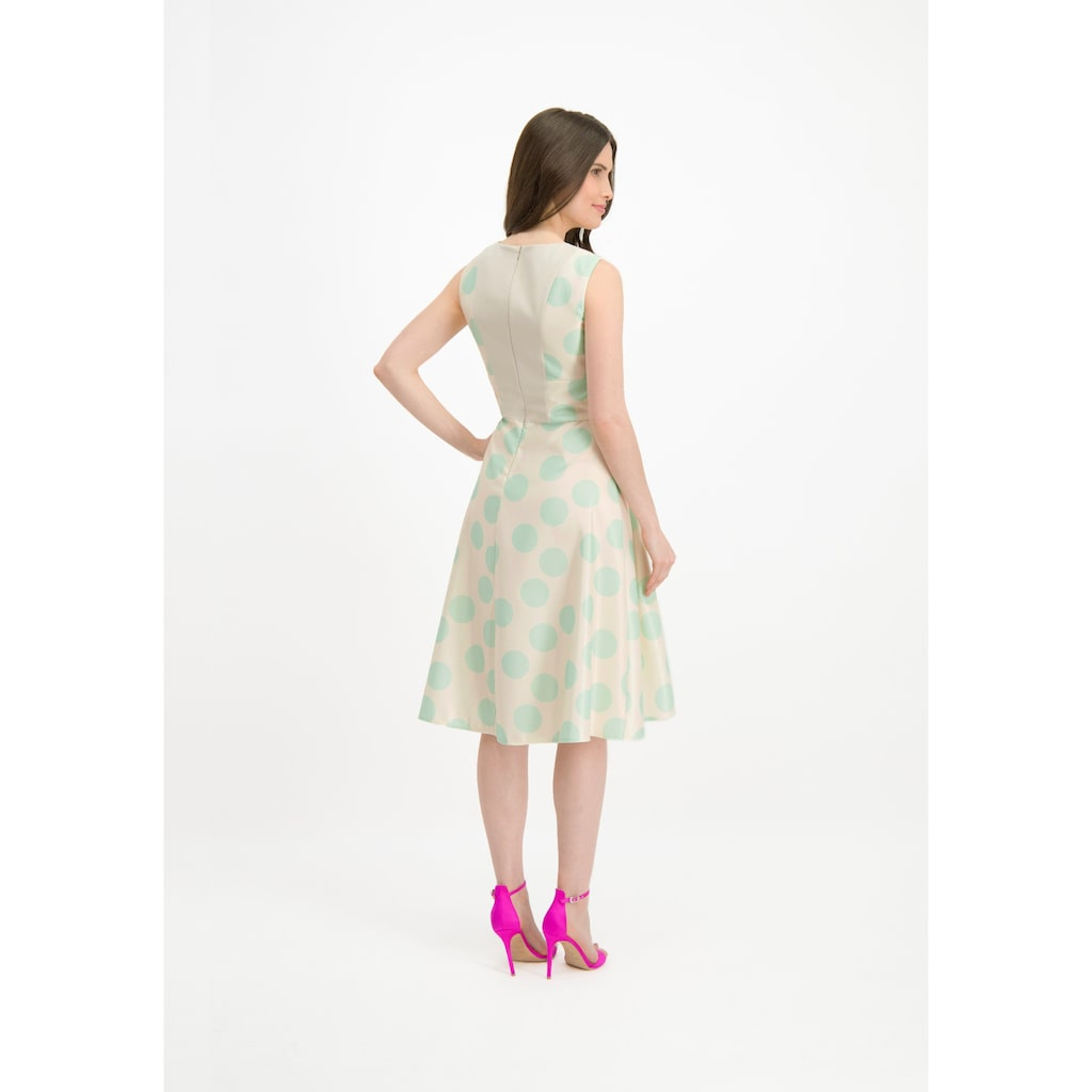 Nicowa Feminines Kleid ERALDA mit Punkte-Dessin