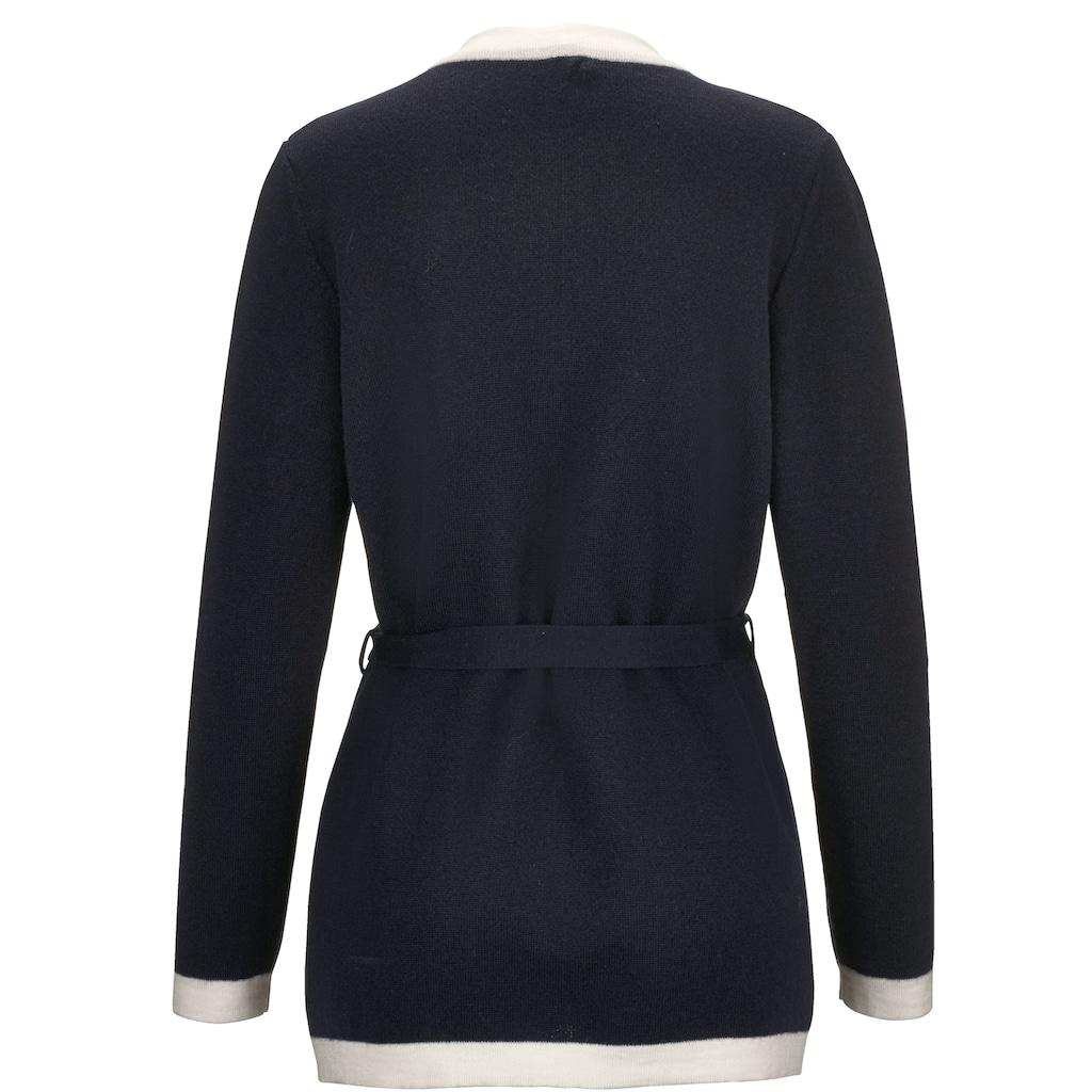 Mona Strickjacke aus feiner Merino-Wolle