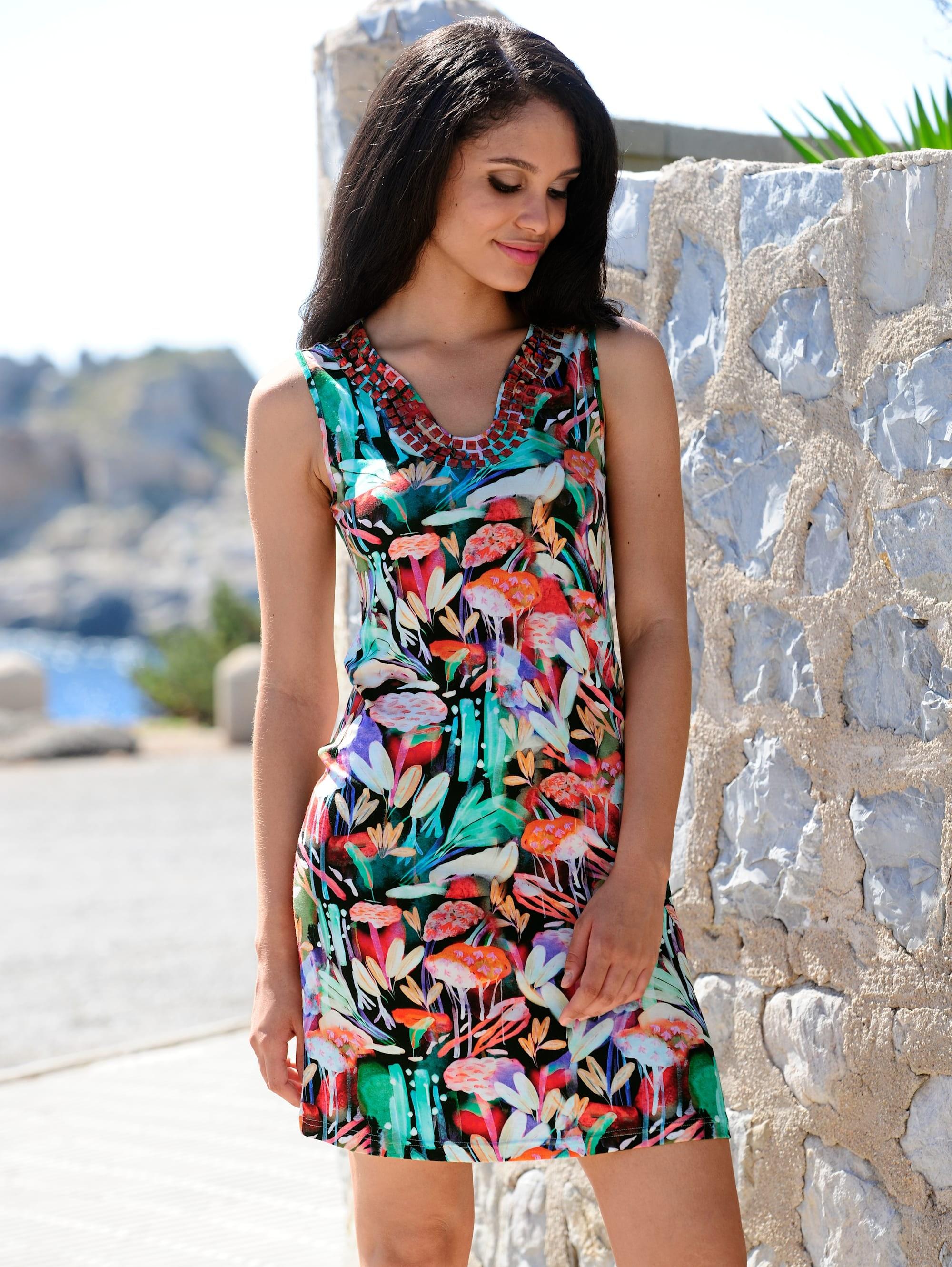 alba moda kleid mit farbigen steinen