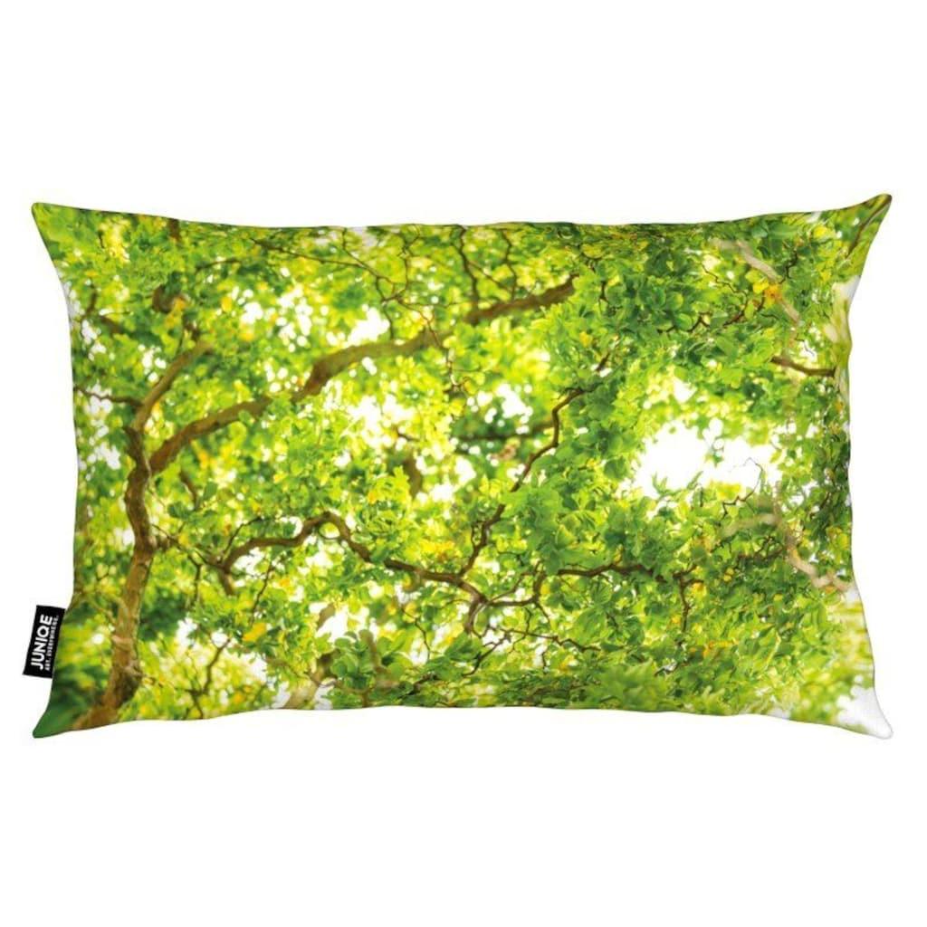 Juniqe Dekokissen »Hazel Tree«, Weiches, allergikerfreundliches Material