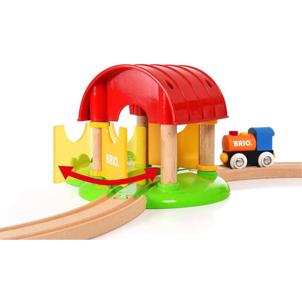 BRIO® Spielzeug-Eisenbahn »Mein erster BRIO® Bauernhof (33826)«, mit Sound, FSC®-Holz aus gewissenhaft bewirtschafteten Wäldern
