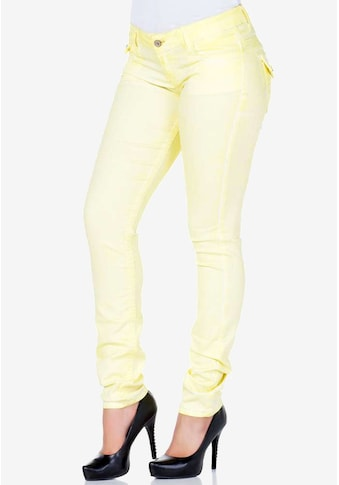 Cipo & Baxx Slim-fit-Jeans, mit figurbetontem Slim Fit-Schnitt kaufen