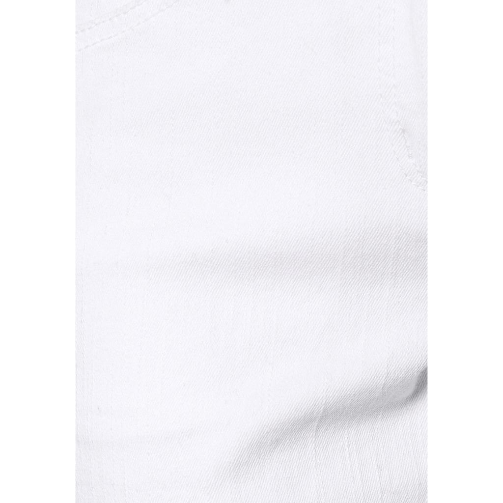 Aniston CASUAL Jeansbermudas, mit aufgesetzten Pattentaschen