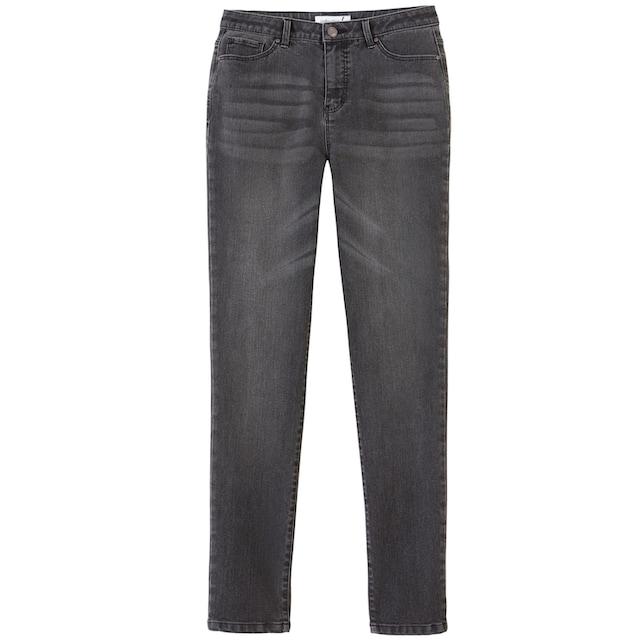 Jeans mit etwas höherer Leibhöhe