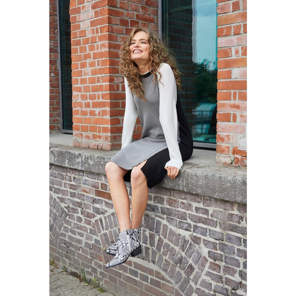 Aniston CASUAL Strickkleid, mit kleinen Schlitzen im Vorderteil