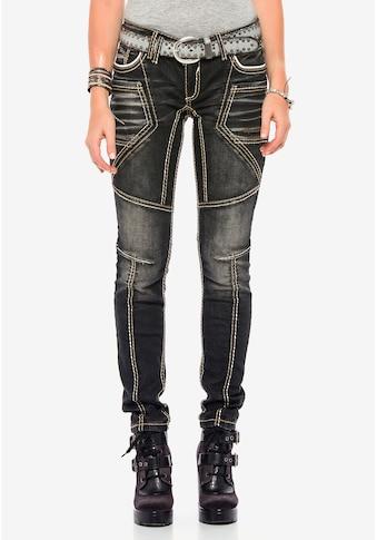 Cipo & Baxx Slim-fit-Jeans, mit extravagantem Nahtdesign in Straight Fit kaufen