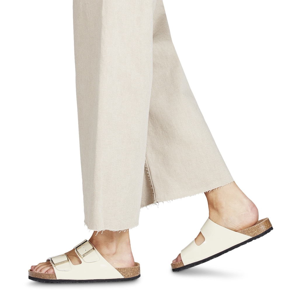 Tamaris Pantolette, in glänzender Optik