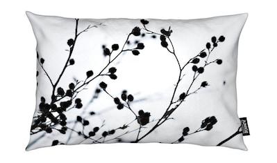 Juniqe Dekokissen »Winter Silhouettes 1«, Weiches, allergikerfreundliches Material kaufen
