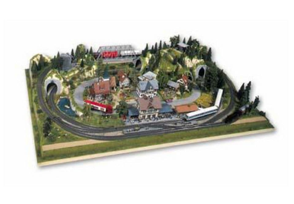 NOCH Modelleisenbahn-Fertiggelände Rosenheim, Made in Germany bunt Kinder Ab 12-15 Jahren Altersempfehlung Modelleisenbahn-Erweiterungen