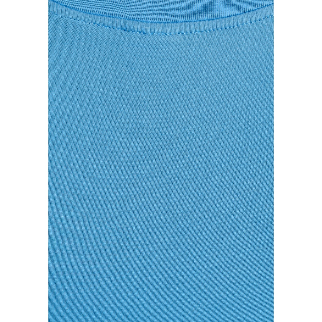 Levi's® V-Shirt »Perfect Tee«, mit kleinem Batwing- Logo
