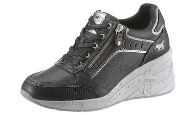 Mustang Shoes Wedgesneaker, mit feiner Perforation kaufen