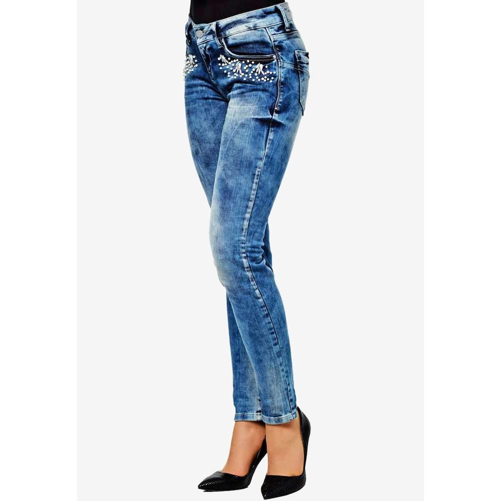 Cipo & Baxx Slim-fit-Jeans, mit tollem Steinchen-Besatz in Skinny-Fit